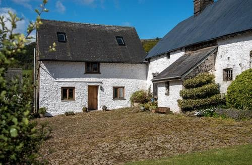 Last Minute Cottages - Delightful Mamhilad Cottage S40091