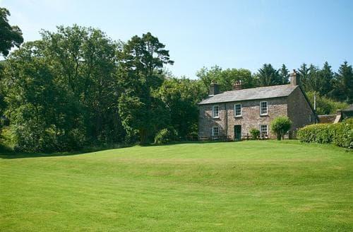 Big Cottages - Splendid Libanus Cottage S40096
