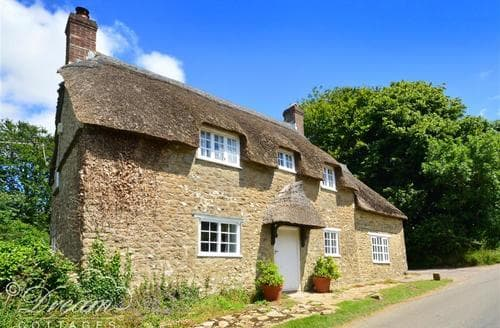 Last Minute Cottages - Little Berwick Cottage