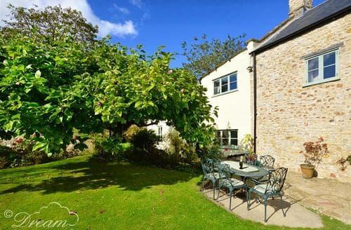 Last Minute Cottages - Wonderful Lyme Regis Cottage S71444