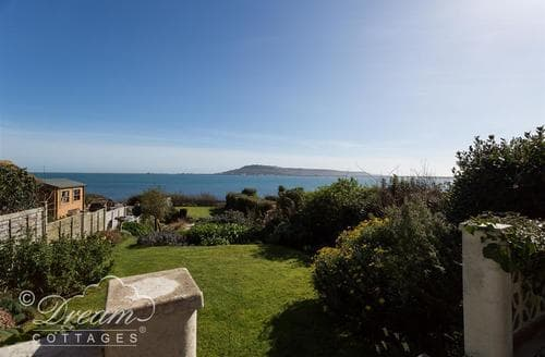 Last Minute Cottages - Luxury Weymouth Cottage S43279