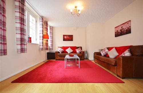 Last Minute Cottages - Luxury Weymouth Apartment S43245