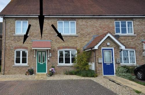 Last Minute Cottages - Stunning Weymouth Apartment S43295
