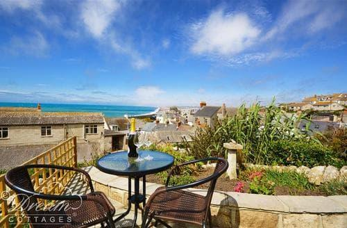 Last Minute Cottages - The View