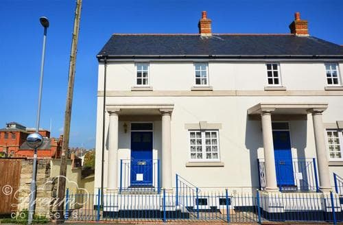 Last Minute Cottages - Attractive Weymouth Cottage S43337