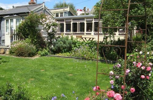 Last Minute Cottages - Excellent Bridport Cottage S43318