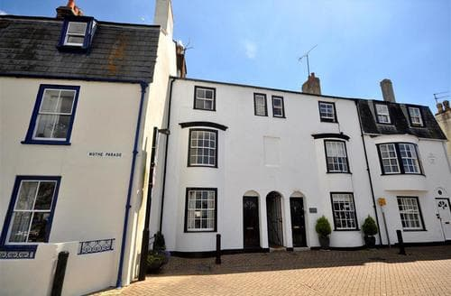 Last Minute Cottages - Luxury Weymouth Cottage S43254