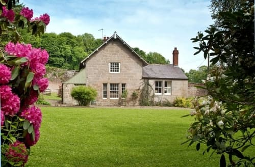Last Minute Cottages - Luxury Craster Lodge S14523