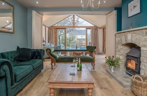 Last Minute Cottages - Cotswolds Country House