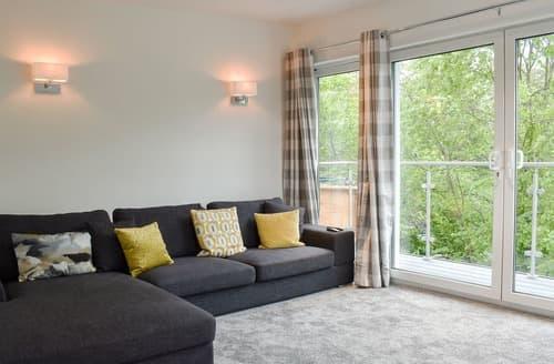 Last Minute Cottages - Bowness Apartment