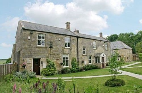 Big Cottages - Tasteful Warkworth Cottage S14692