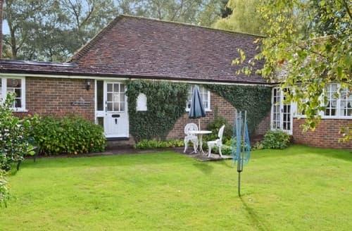 Last Minute Cottages - Captivating Ashford Cottage S13525