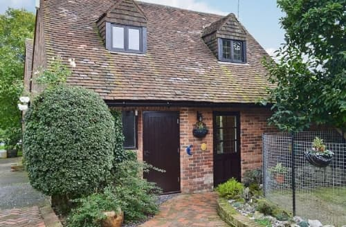 Last Minute Cottages - Tasteful Ashford Cottage S13544