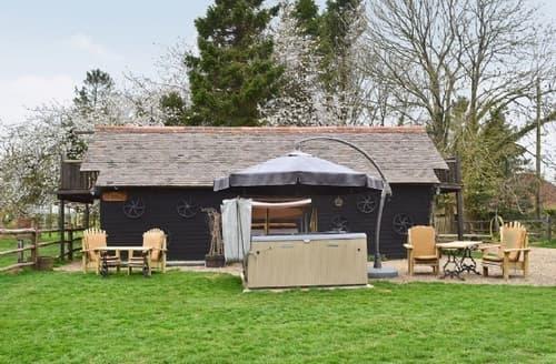 Last Minute Cottages - Lovely Folkestone Cottage S13644