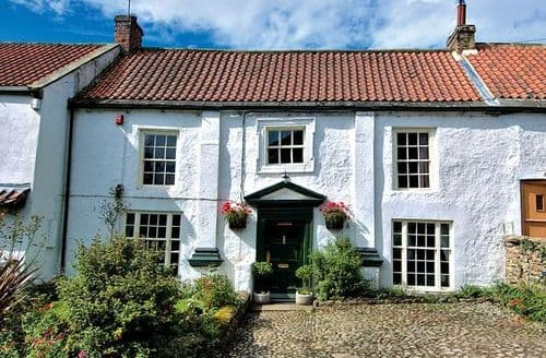 Last Minute Cottages - Malt Shovel House