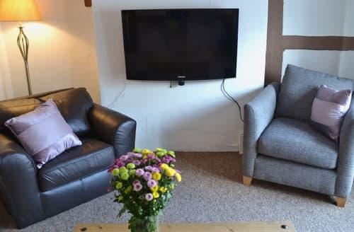 Last Minute Cottages - Wonderful Marlborough Apartment S37349