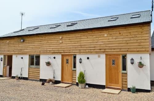 Last Minute Cottages - Quaint Royal Wootton Bassett Cottage S13728