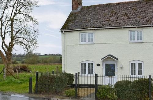 Last Minute Cottages - Tasteful Salisbury Cottage S13740