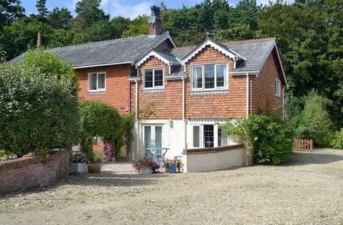 Last Minute Cottages - Quaint Salisbury Apartment S72291
