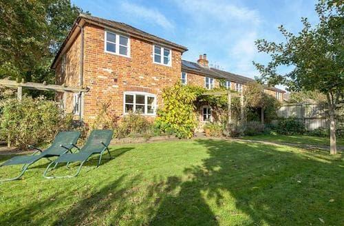 Big Cottages - Quaint Salisbury Cottage S72616