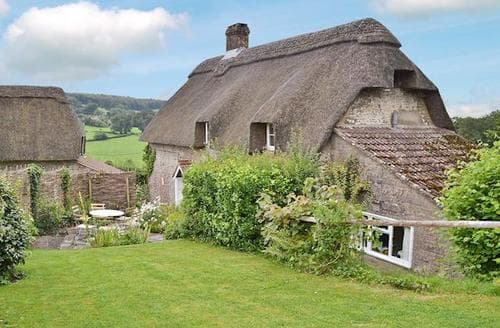 Last Minute Cottages - Exquisite Warminster Cottage S13755