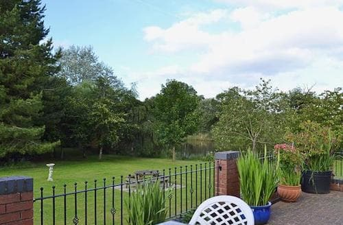 Last Minute Cottages - Attractive All Berkshire Cottage S13772