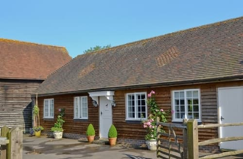 Last Minute Cottages - Lovely Arundel Cottage S13799