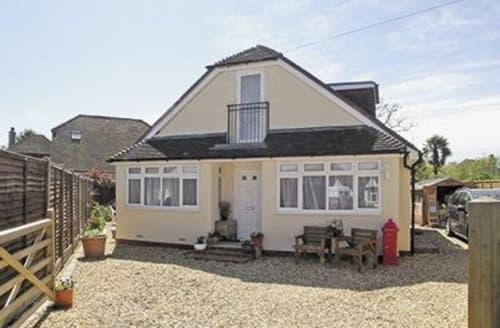 Last Minute Cottages - Delightful Arundel Cottage S13797