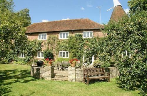 Big Cottages - THE OAST HOUSE