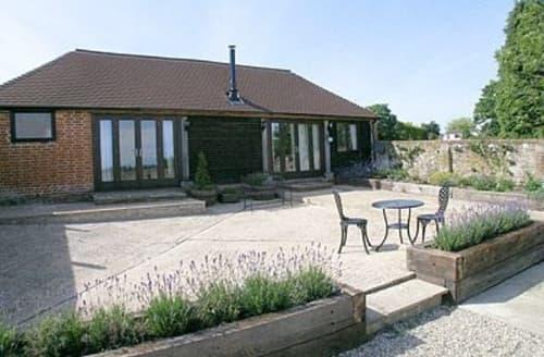 Last Minute Cottages - Charming Battle Cottage S13836
