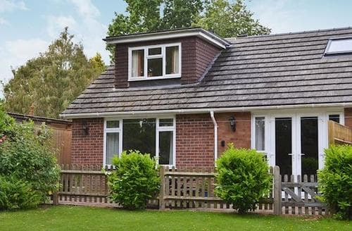 Last Minute Cottages - The Garden Cottage