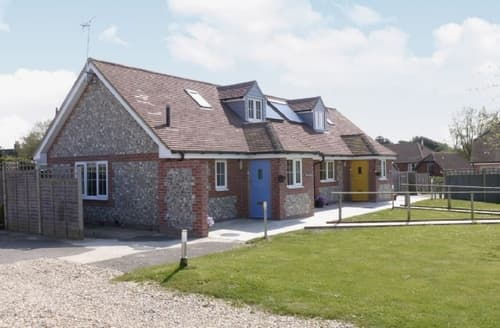 Last Minute Cottages - Captivating Bognor Regis Cottage S13867
