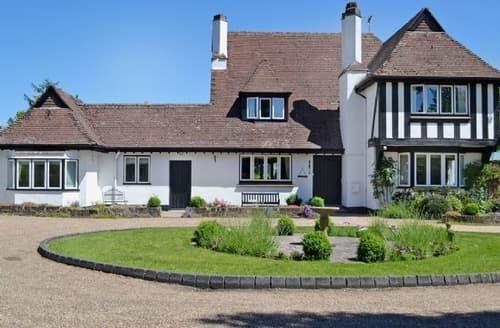 Last Minute Cottages - Gorgeous Brighton Cottage S13910