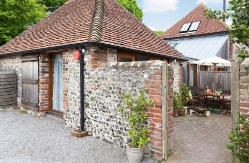 Last Minute Cottages - OLD MANOR HOUSE PIG BARN