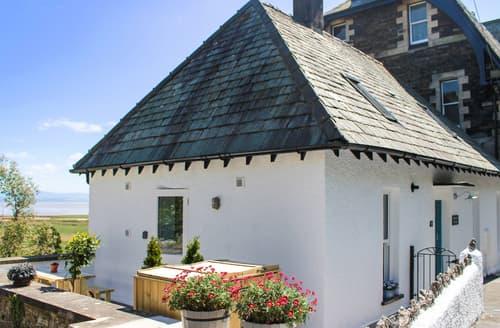 Last Minute Cottages - Moorhurst Cottage