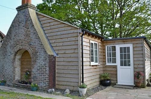 Big Cottages - Captivating Eastbourne Cottage S57447