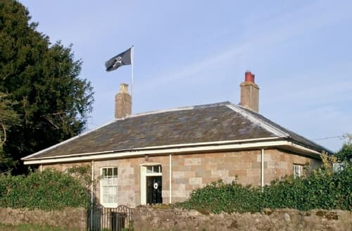 Last Minute Cottages - Lovely Rye Cottage S13996