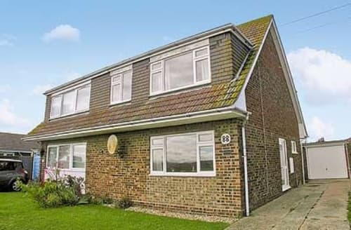 Last Minute Cottages - Charming Selsey Cottage S14021