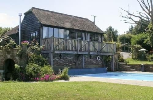 Last Minute Cottages - Lovely Uckfield Cottage S14047