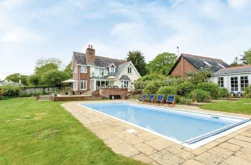 Last Minute Cottages - Lovely Brockenhurst Cottage S14063