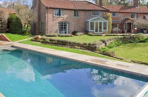 Big Cottages - Tasteful Brockenhurst Cottage S14074