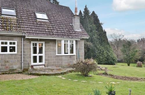 Last Minute Cottages - Adorable Brook Cottage S25814