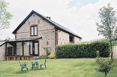 Last Minute Cottages - Cosy East Meon Cottage S14082