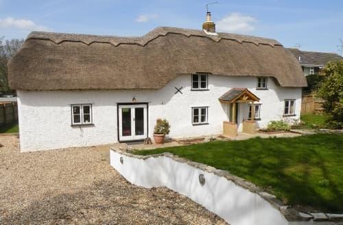 Big Cottages - Exquisite Burley Cottage S14092