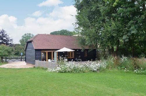 Last Minute Cottages - Tasteful Fareham Cottage S25867