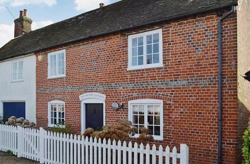 Last Minute Cottages - Wonderful Fareham Cottage S45086