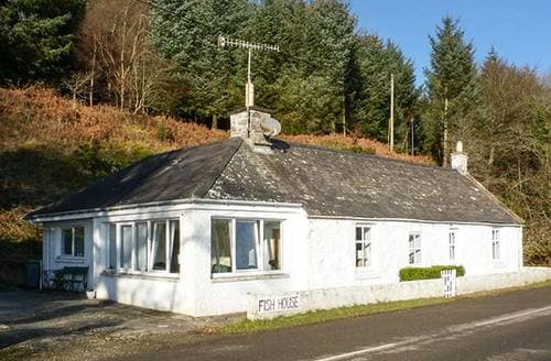 Last Minute Cottages - Fish House