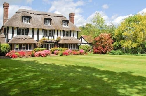 Last Minute Cottages - Luxury Lymington Cottage S25863