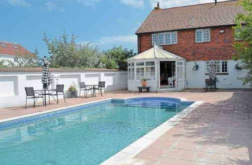 Last Minute Cottages - Exquisite Portsmouth Cottage S14118