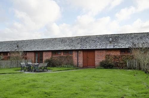 Big Cottages - Wonderful Ringwood Cottage S72292